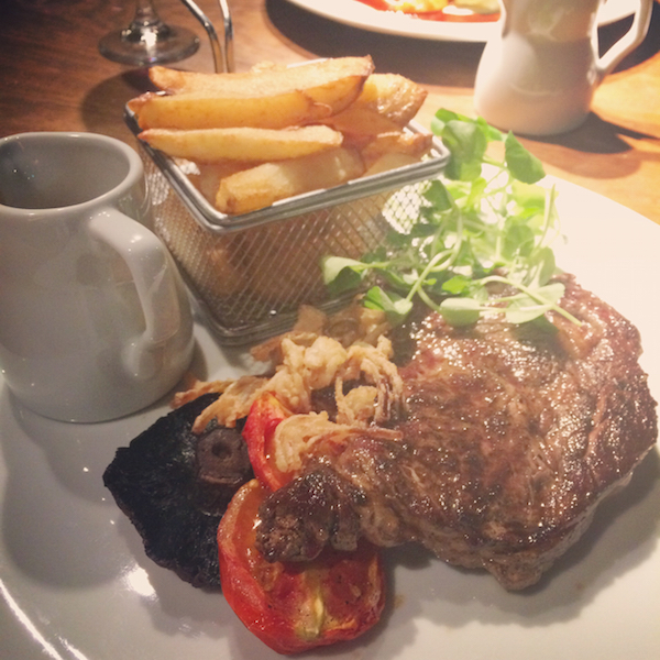 Le Petit Chateau steak