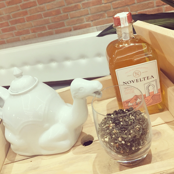Noveltea bottle