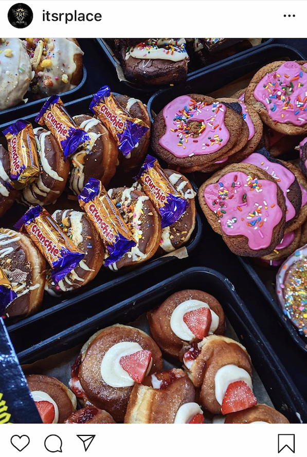 R Place donuts